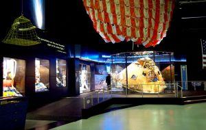 Apollo16-1.jpg